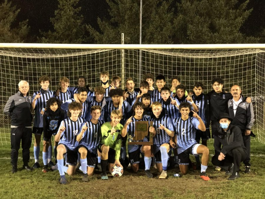 Saint Joe Boys' Soccer Brings Home Eleventh Consecutive Sectional Title