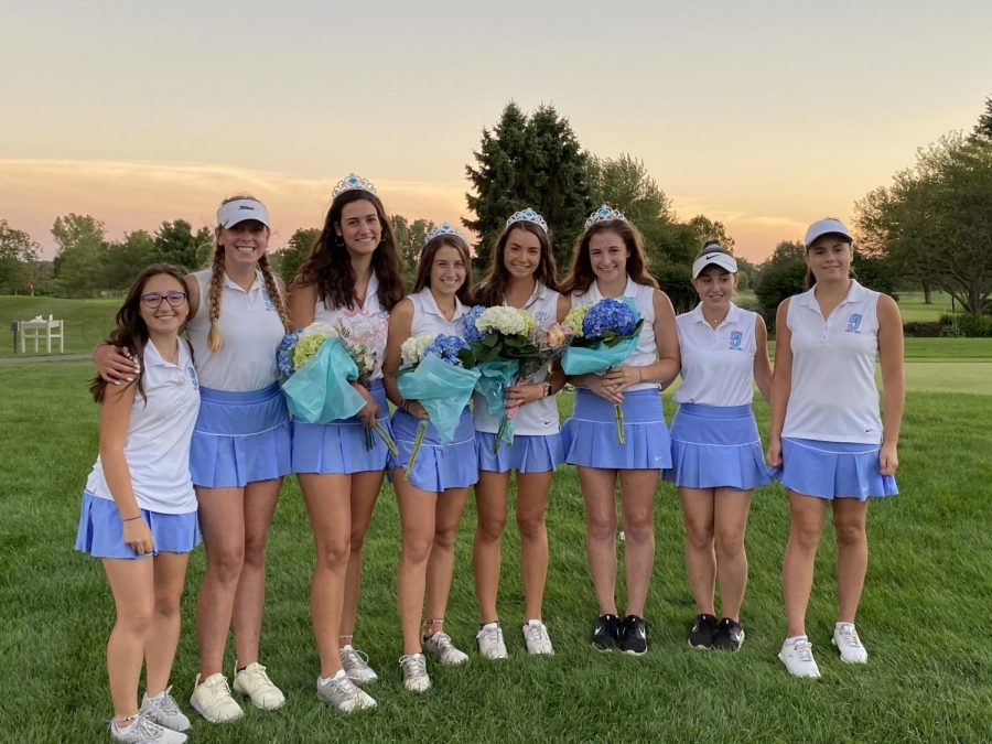 From left to right: freshman Keely Bogin, freshman Elle Guyton, senior Izzy Riboni, Katie Kloska, Bella Saratore, senior Dot Crumlish, MacKenzie Schmeltz, freshman Margaux Hannewyk