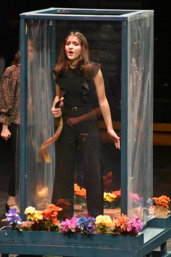 Junior Felicity Nolan sings in the musical Godspell