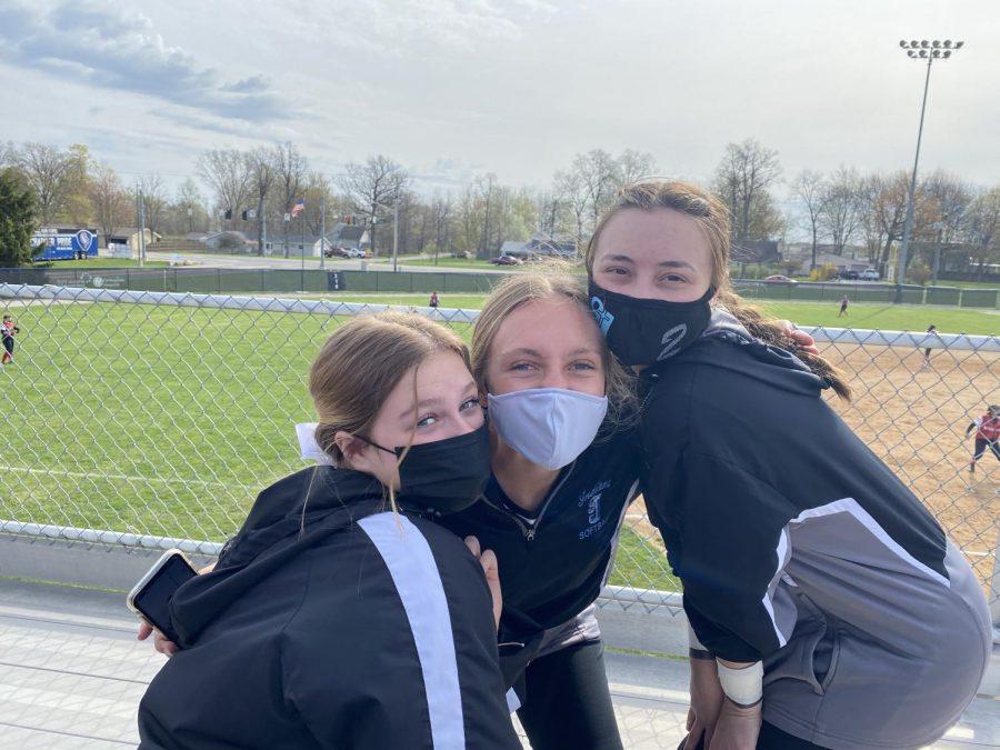 Girl's Softball Face Rival New Prairie